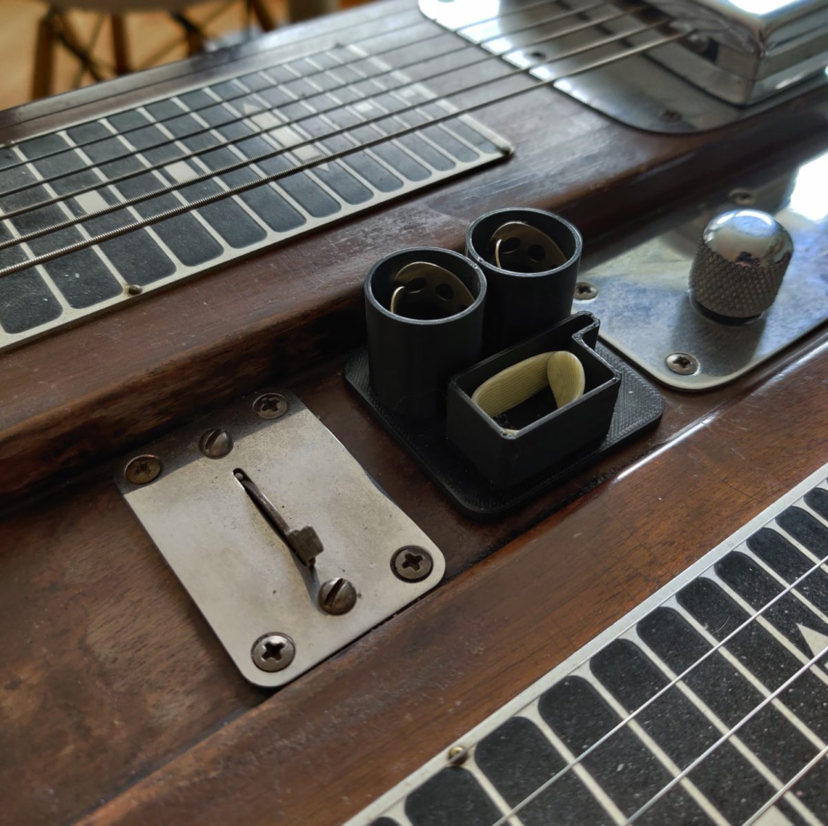 Steel guitar pick and bar caddy